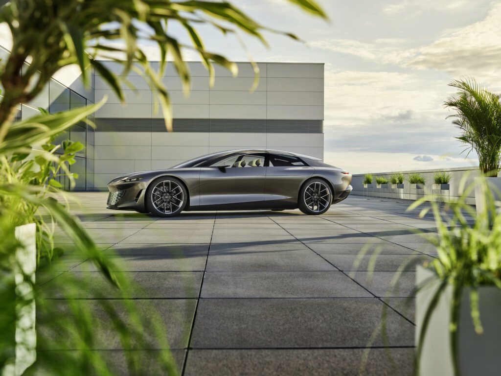 Audi grandsphere concept car